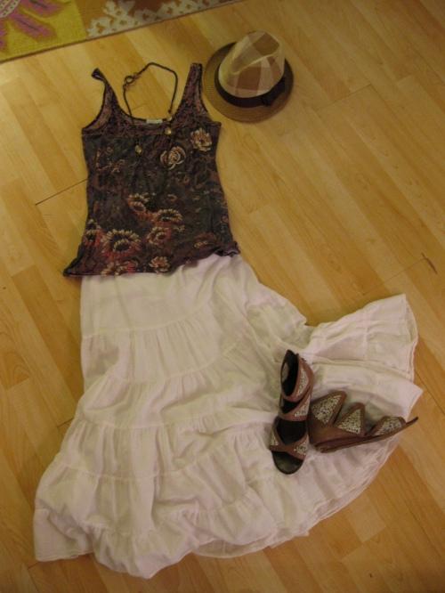 Ivory Maxi Skirt & Floral Print Tank Top