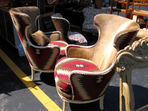 Old-Fashion Fur & Pattern Chairs