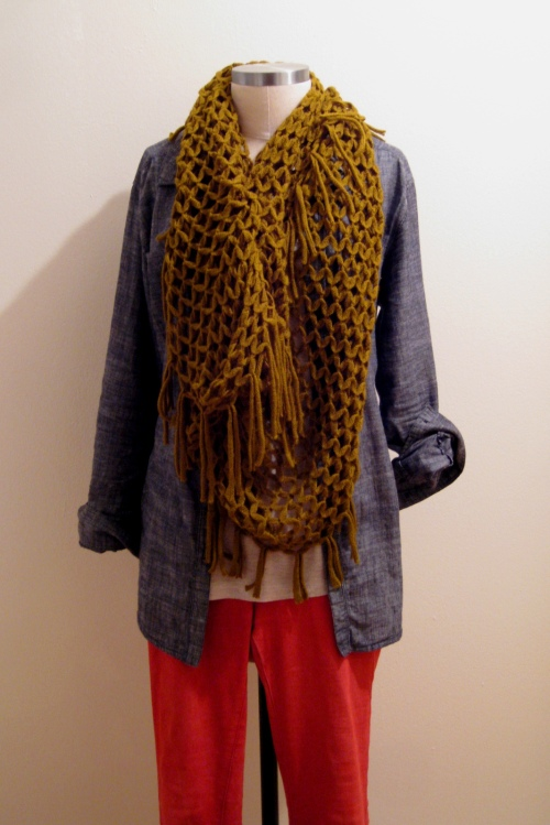 Red Skinny Jeans w Chambray Shirt & Green Urban Outfitters Scarf