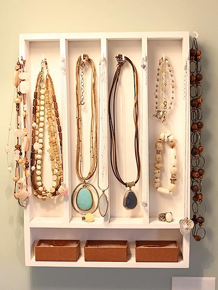 Diy project my make shift jewelry display express thru for Creative silverware storage