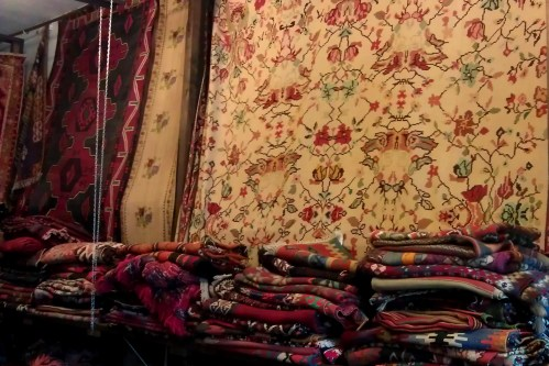 Carpet Boutique - Bolivian, Turkish colorful hand-woven rugs