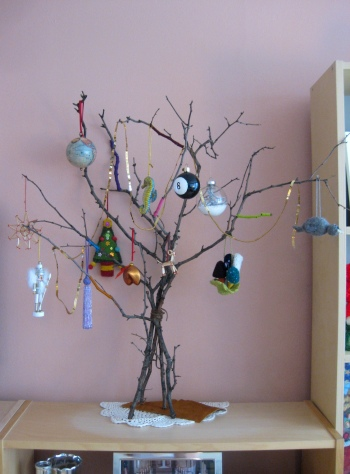 DIY - My Charlie Brown Christmas Tree