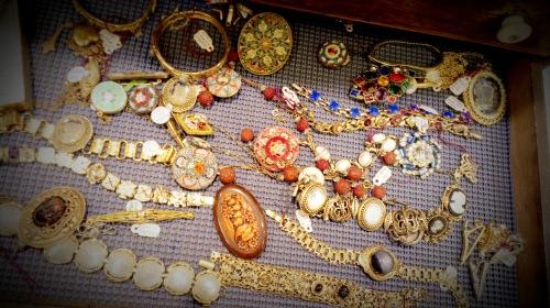 Randolph St Market - Vintage Jewelry (15)