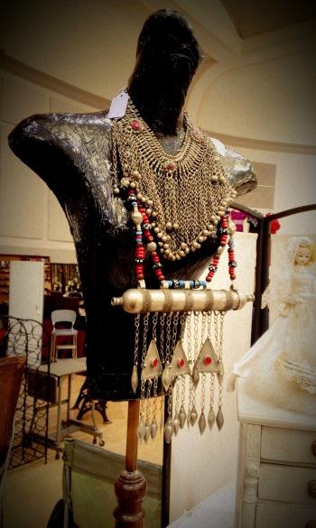 Randolph St Market - Vintage Jewelry
