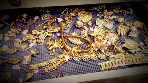 Randolph St Market - Vintage Jewelry (8)