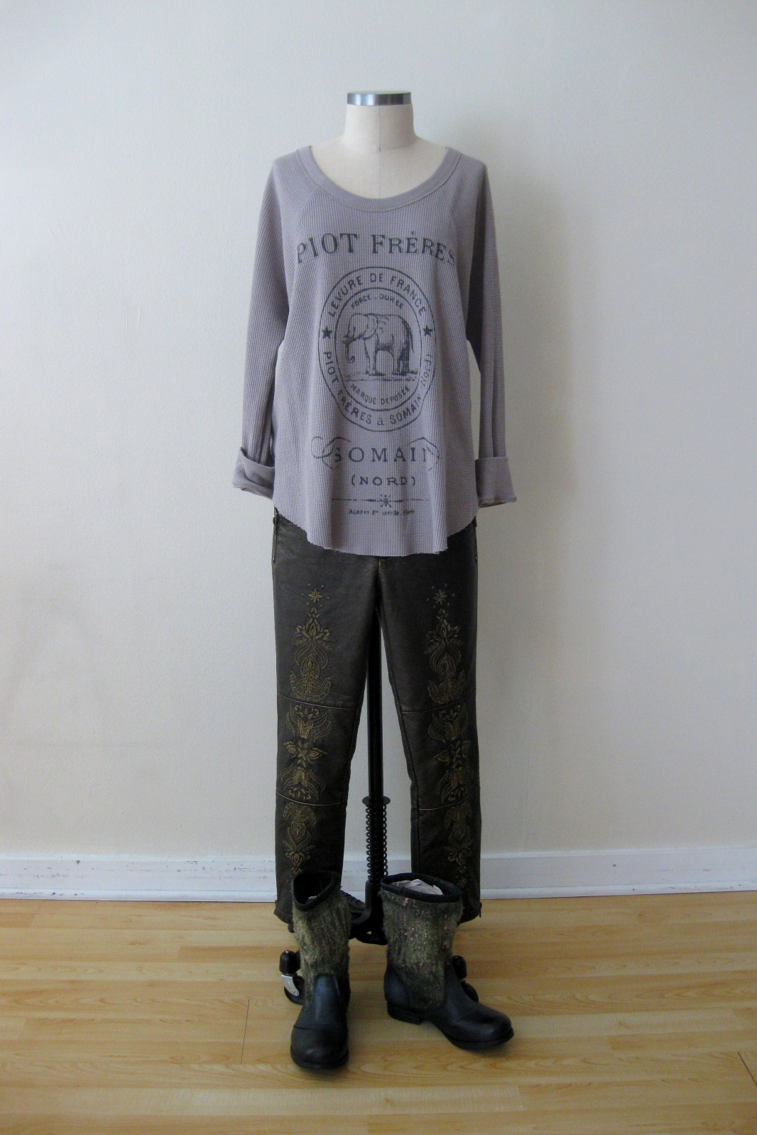 1066 x 1598 · 511 kB · jpeg, Think this ensemble is the epitome of