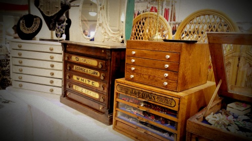 Old Wooden Jewelry Boxes (1)