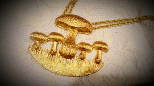 Vintage Gold-Gilled 'Shroom Necklace