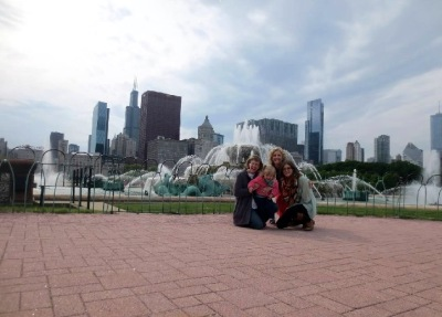 At Buckingham Fountain (3)