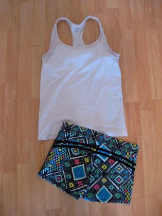 Stylish Yoga Sets: White Tank & Mosaic Motif Shorts