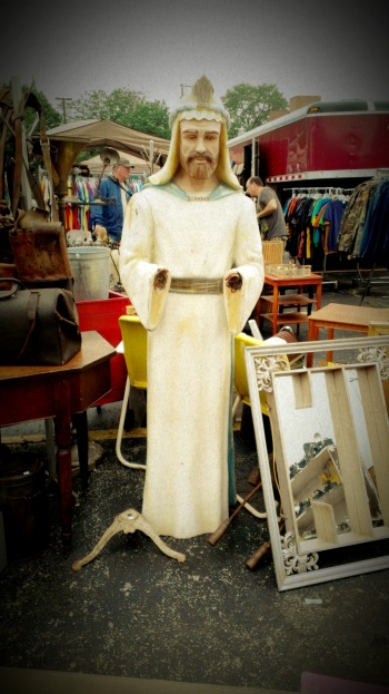 A Lifesize Nativity King