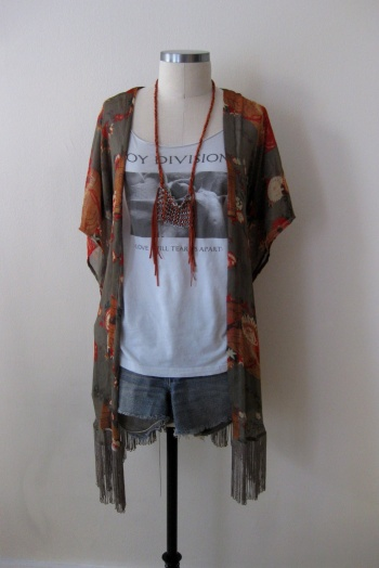Urban Outfitters antique-motif kimono with band graphic tee and cut-off denim shorts (2)